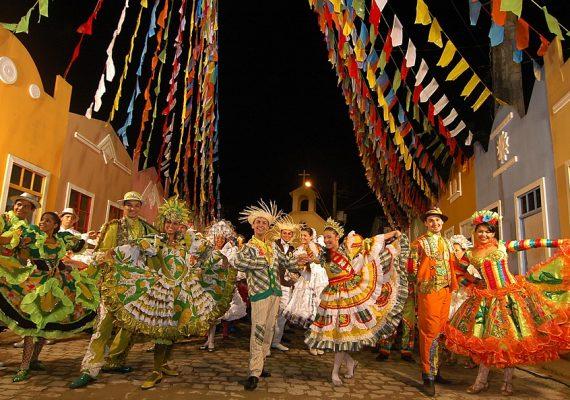 Saiba tudo sobre as principais festas juninas do Nordeste