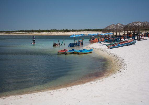 Conheça as 8 mais incríveis praias do Ceará